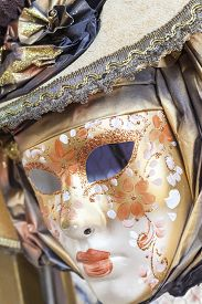 picture of venice carnival  - Mask on display at the Carnival of Venice - JPG