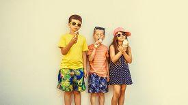 pic of gelato  - Kids eating gelato and soft serve ice cream - JPG