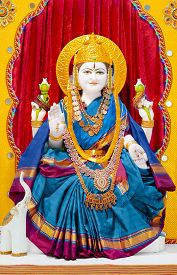 pic of laxmi  - Goddess Lakshmi means Good Luck to Hindus - JPG