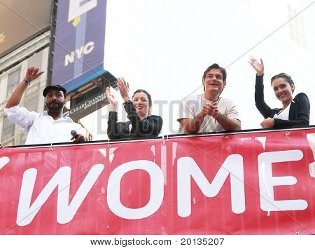 NEW YORK - MAY 1: L-R Jesse L. Martin, Jessica Biel, Dr. Mehmet Oz and Jessica Alba at the 13th Annual EIF Revlon Run/Walk for Women in Times Square on May 1, 2010 in New York City.