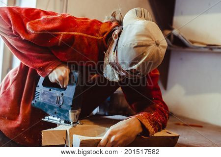 master saws a