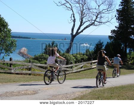 Family Bicycling