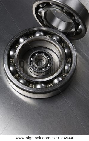 ball-bearings and aluminum-background