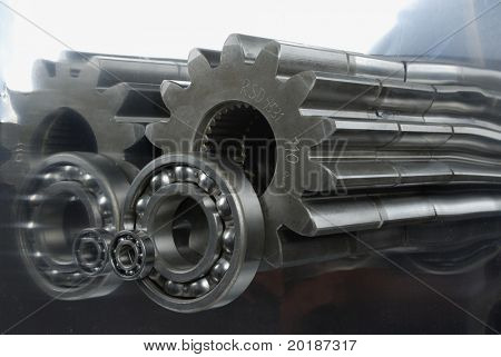oblong gears and ball-bearing reflecting (back and side) in titanium