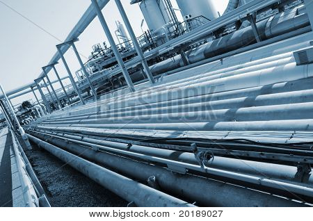 pipeline idea in a bluish toning