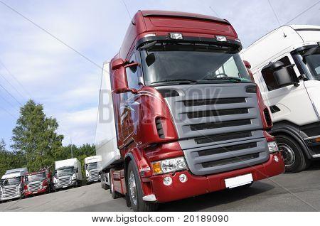 nuevos camiones, último estado de Artes con motores V8