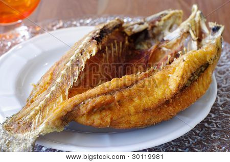 Thai Style Crispy Fried Fish