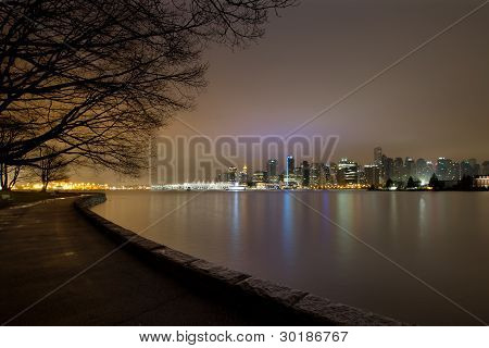 Vancouver Bc Stanley Park Seawall At Dawn