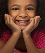 picture of close-up  - Close up photo of pretty little girl smiling - JPG