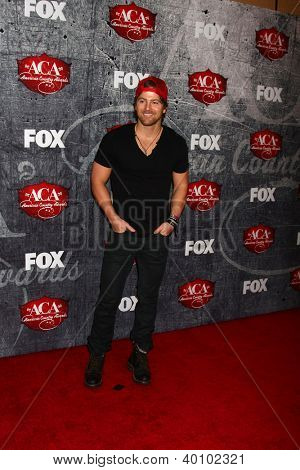 LOS ANGELES - DEC 10:  Kip Moore arrives to the American Country Awards 2012 at Mandalay Bay Resort and Casino on December 10, 2012 in Las Vegas, NV