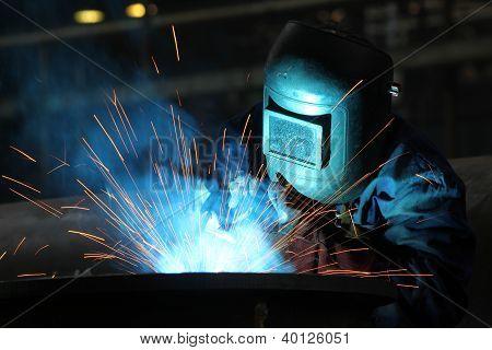 trabalhador de soldadores