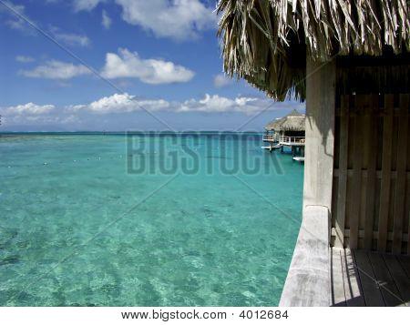 Lagoon Hut