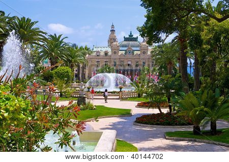 Impeccable Garden In Monaco
