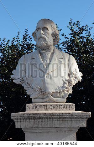 Menotti Garibaldi estatua en los jardines del Janículo, Roma