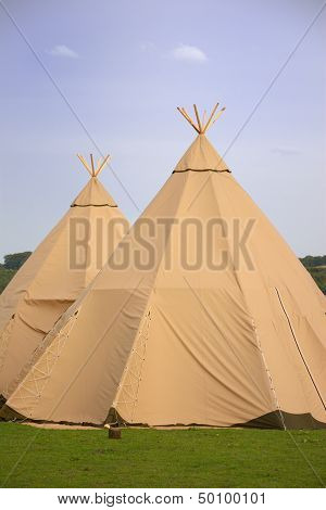 Two Tepee