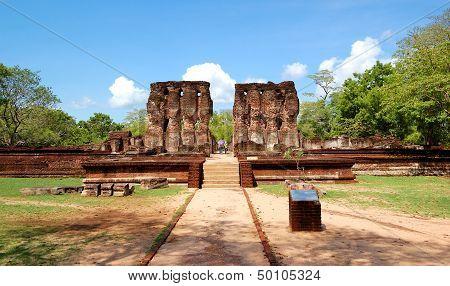 The Polonnaruwa Ruins (ancient Sri Lanka's Capital)