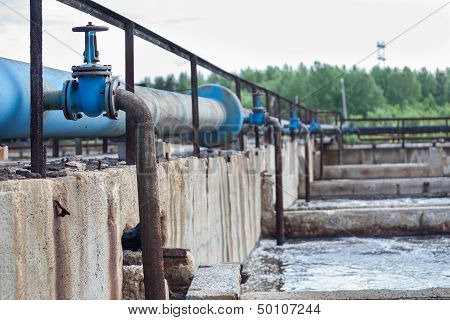 Oxygen Supplying Into The Sewage Water In Tanks