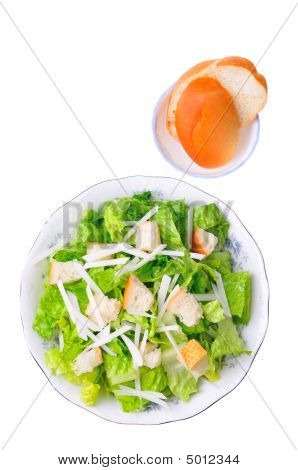 Caesar Salad With Bread