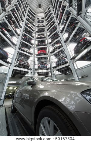 MOSCOW - JAN 11: Bottom view in the tower to store cars in Volkswagen Center Varshavka with a Volkswagen Passat in the center on January 11, Moscow, Russia