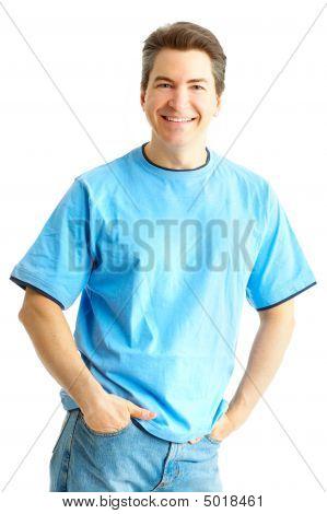 Homem bonito sorrindo