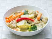 foto of gai  - Thai green curry  - JPG