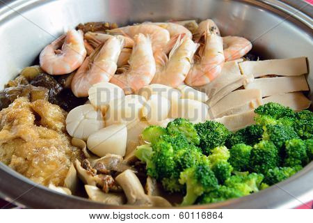Seafood Dish Poon Choi