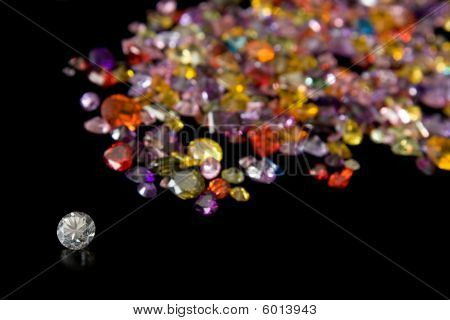 Diamond And Scattered Gem Trail