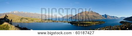 Panorama of Queenstown and lake Wakatipu