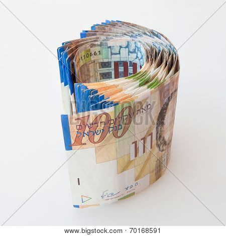 100 Shekel notes