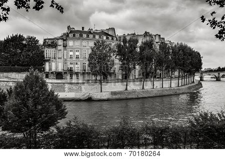 Ile Saint Louis and River Seine, Paris. Black & White Photography