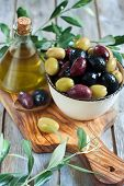 picture of kalamata olives  - Mixed marinated olives  - JPG