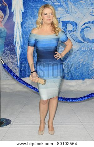 LOS ANGELES - NOV 19: Melissa Joan Hart at the premiere of Walt Disney Animation Studios' 'Frozen' at the El Capitan Theater on November 19, 2013 in Los Angeles, CA