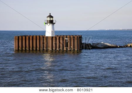 Cleveland Harbor East Pierhead