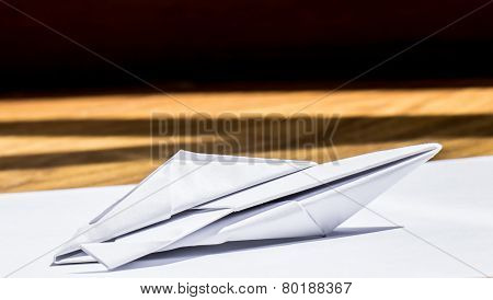 Speedboat of paper