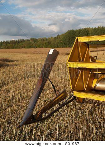 Harvester-thresher details four