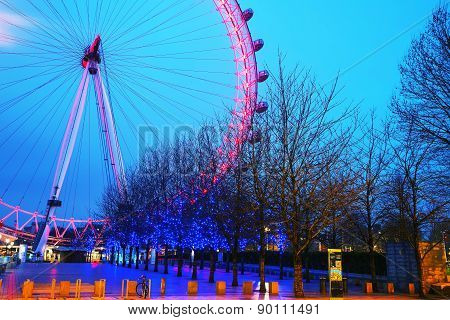 The London Eye Ferris Wheel In The Evening