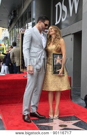 LOS ANGELES - MAY 7:  Joe Manganiello, Sofia Vergara at the Sofia Vergara Hollywood Walk of Fame Ceremony at the Hollywood Blvd on May 7, 2015 in Los Angeles, CA