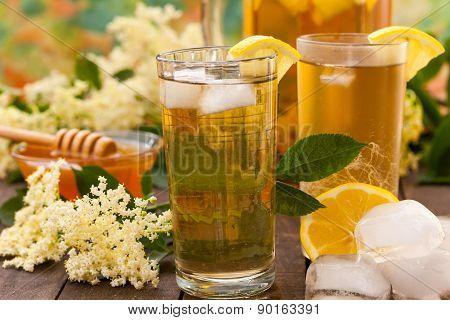 Homemade summer elderflower juice