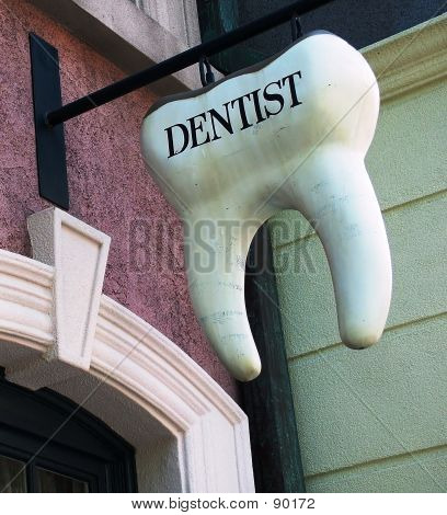 Tooth Dentist Sign
