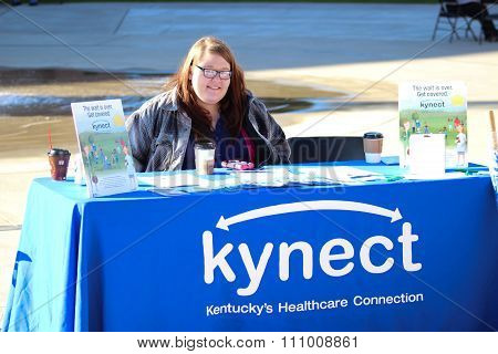 Woman Working Kynect Table in Somerset, Kentucky