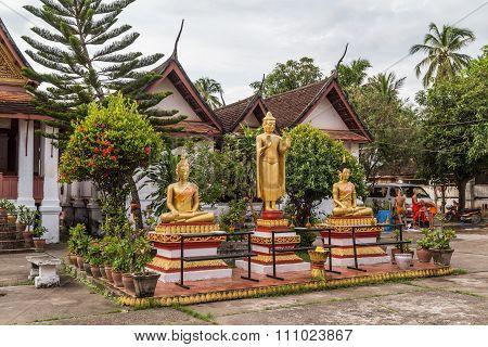 Luang Prabang, Laos - Circa August 2015: Buddha Statues In Wat Mai Monastery In Luang Prabang,  Laos