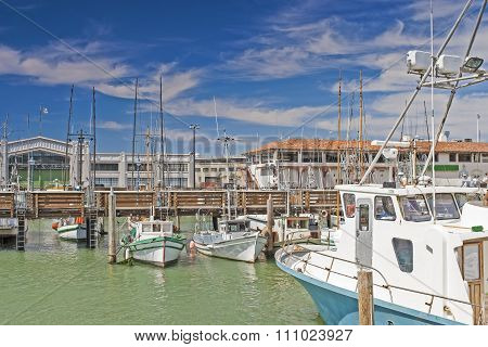 San-Francisco-United States, July 13, 2014: Line of Different Bright Yachts in San-Francisco