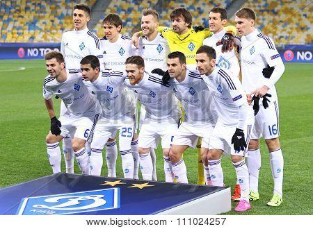 Fc Dynamo Kyiv Players Pose For A Group Photo