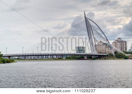 Putrajaya, Malaysia - Circa September 2015: Seri Wawasan Bridge In Putrajaya At  Sunset