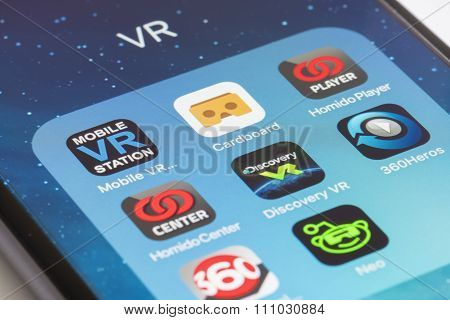 Virtual reality apps for smartphone