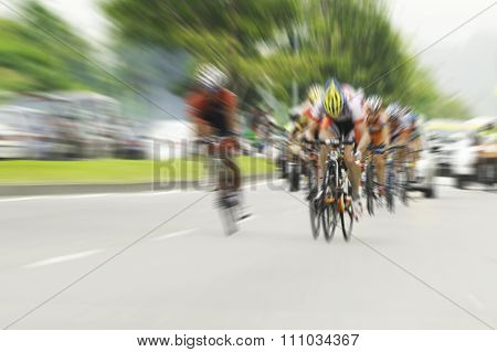 Cycling, motion blur