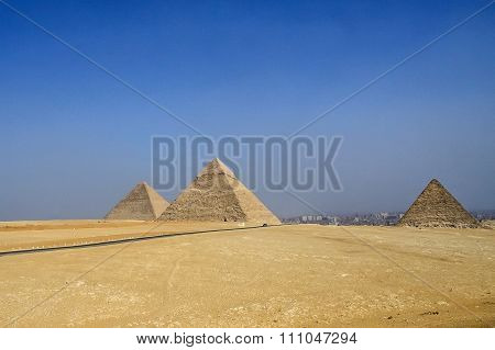 Egyptian pyramids, Ruins of antiquity.