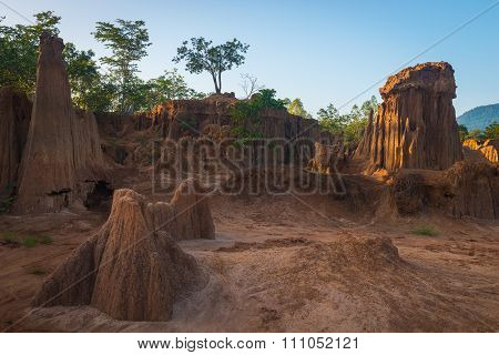 Grand Canyon Thailand, Sculpture beautiful natural wonders of the collapse of the sandy ground in La