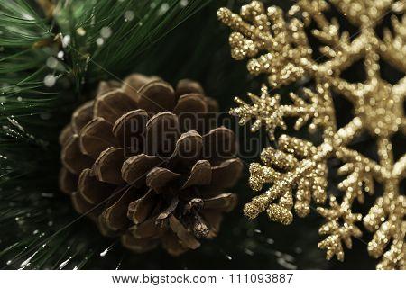 Christmas card, pinecone, snowflake