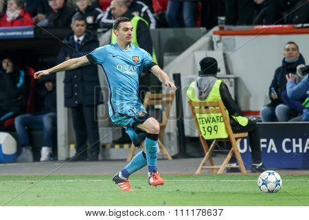 Thomas Vermaelen During The Uefa Champions League Game Between Bayer 04 Leverkusen Vs Barcelona At B